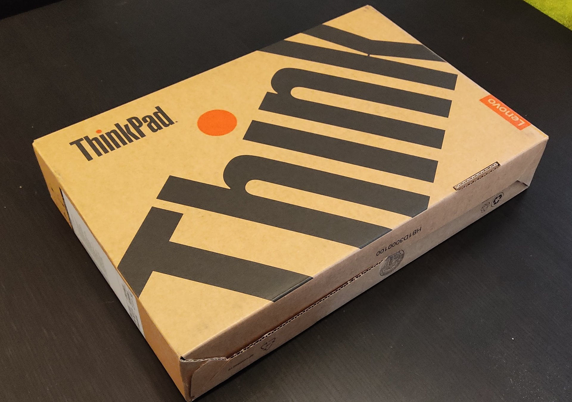 Thinkpad T14 Unboxing 1
