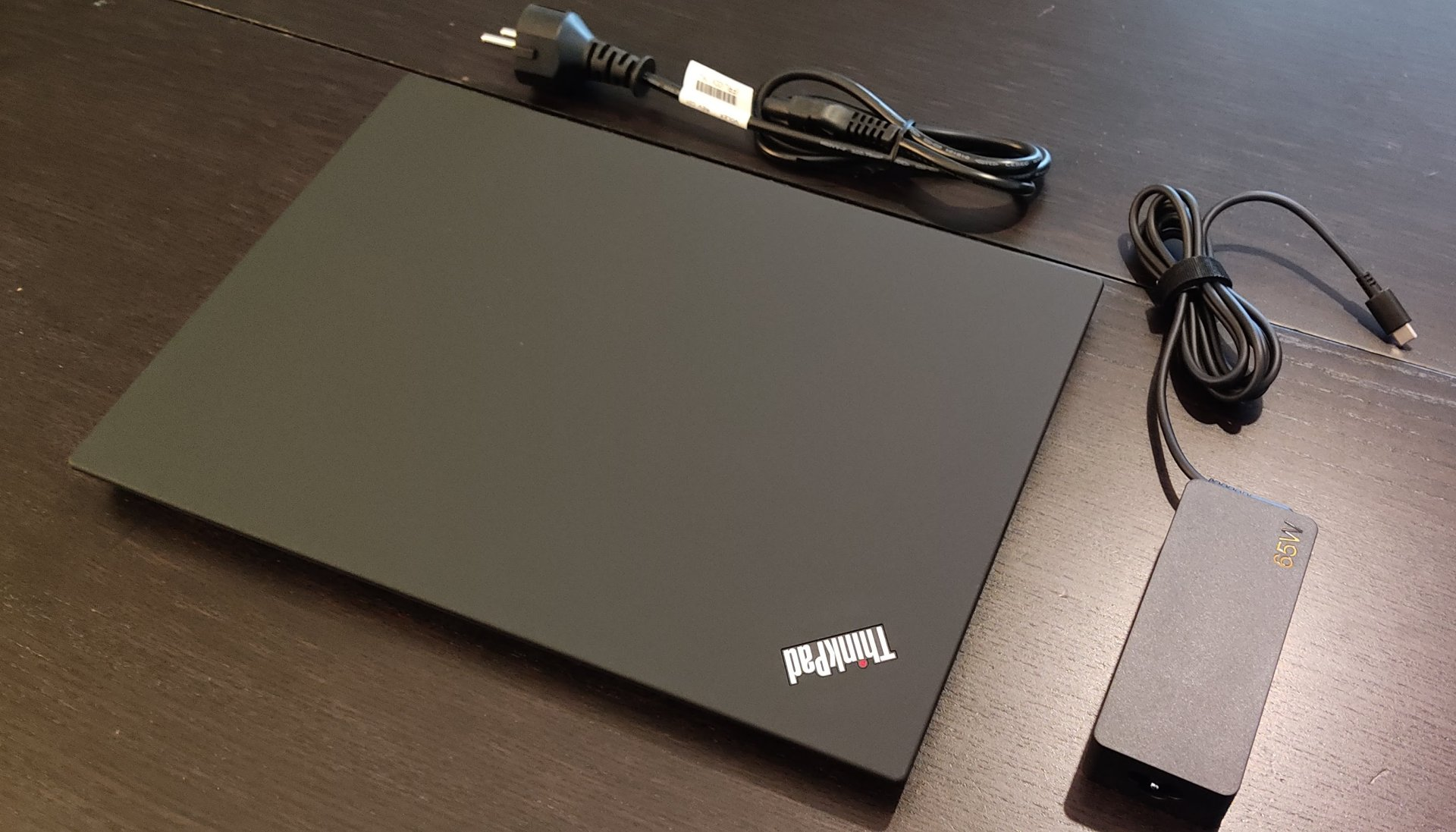 Thinkpad T14 Unboxing 3